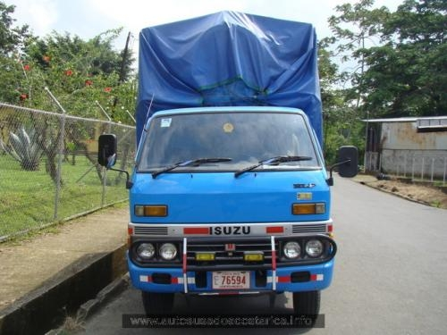 Fotos de Carro isuzu  elf 1