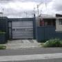 Vendo bodega con dos casas y lote baldio para construir
