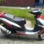 se vende moto FORMULA 2009