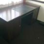 *** Se vende escritorio de madera para oficina***