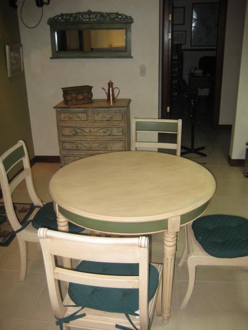 Venta de juego de muebles victorianos para cocina en San José ...