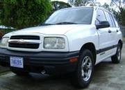 Se vende Chevrolet Tracker 4X2 año 2000