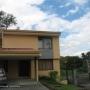 10-468 alquiler confortable casa en condominio San Rafael de Escazu