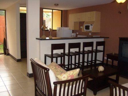 $660 renta de condominios 2 habitaciones. 1 mes gratis