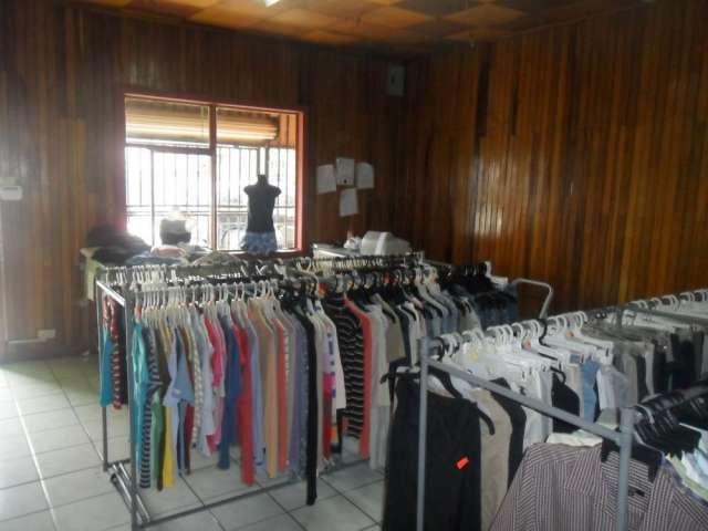 61b5d4307 Tienda de ropa c/ menaje - 6 mill. (tibás, san josé) en San José ...