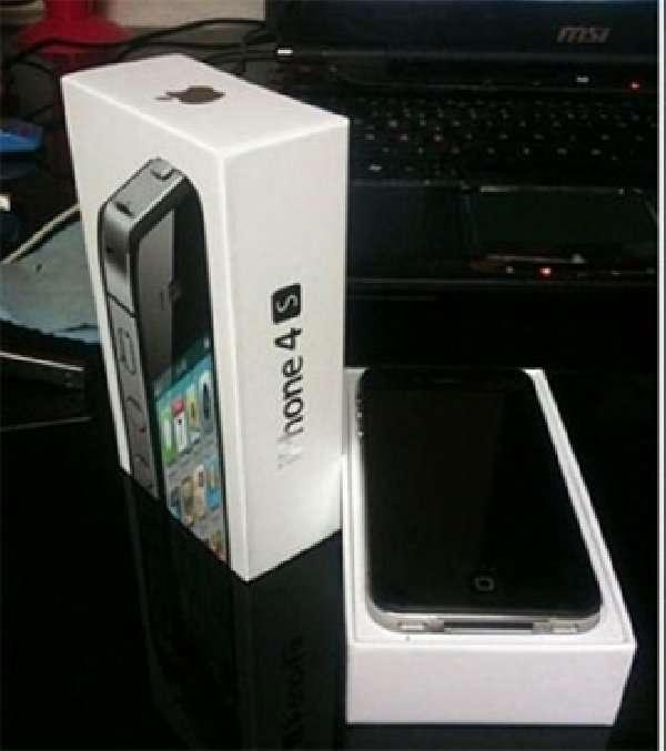 Completamente nuevo y desbloqueado apple iphone 4s 64gb,blackberry 9900 samsung galaxy s3