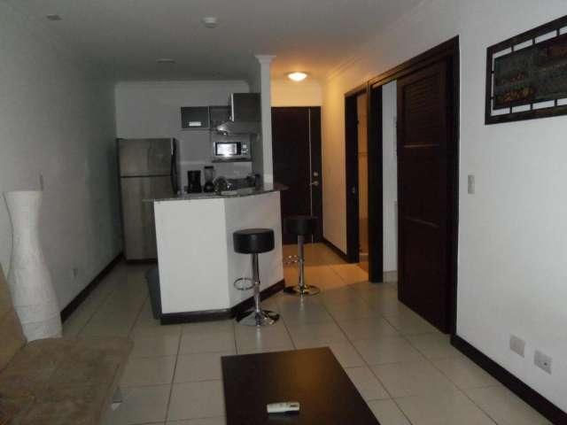 Apartamento amueblado y con servicios en avalon country santa ana $1000*neg
