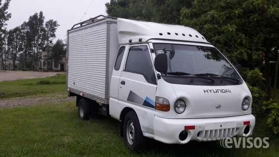 Refrigerado, motor 2500 cc  diesel muy economico,  6 llantas  nuevas