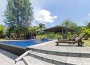 Casa de Lujo de 450 m2 en Bosques de Altamonte, Curridabat