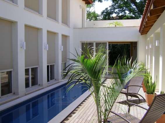 Se vende amplia casa contemporánea en santa ana costa rica