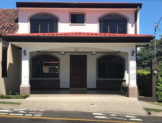Casa en condominio en san francisco de heredia #1221