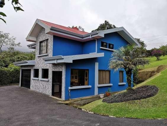 Casa en alquiler, cascajal de coronado 4,000 mts2