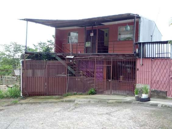Casa y apartamentos en higuito, desamparados (santa bárbara. urb. veracruz)