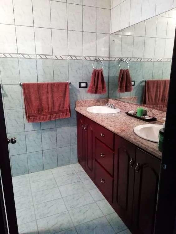 Fotos de Se vende condominio en san rafael de montes de oca (condominio la montaña) 19