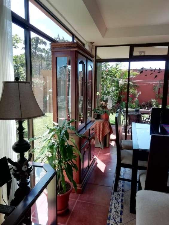 Fotos de Se vende condominio en san rafael de montes de oca (condominio la montaña) 4