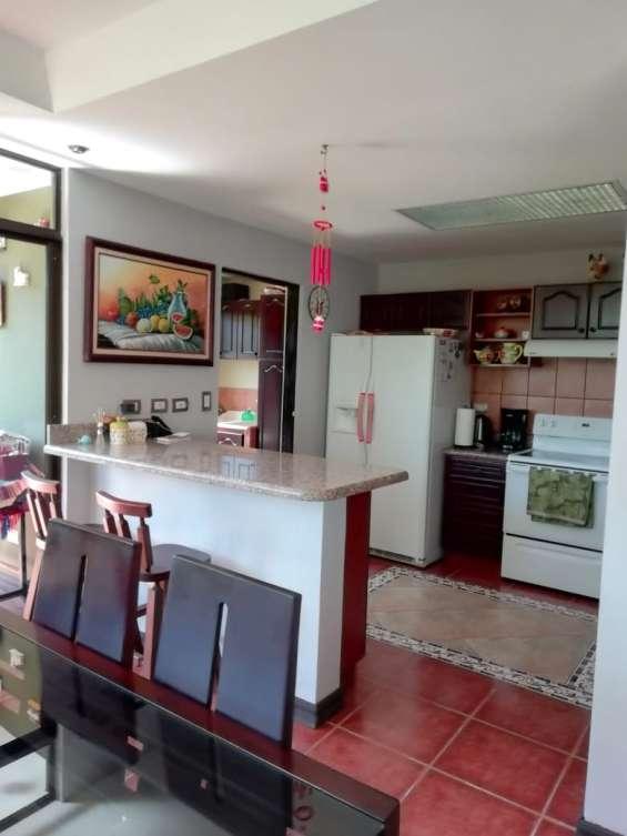 Fotos de Se vende condominio en san rafael de montes de oca (condominio la montaña) 6