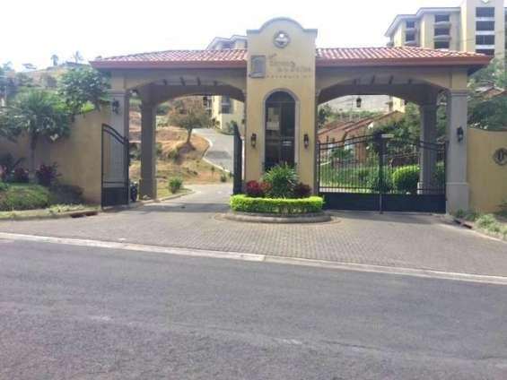 Se vende penthouse amueblado (bello horizonte, escazú)